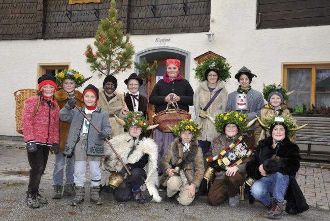 Kasmandlbrauch im Lungau am Vorabend des Heiligen Martin (10. November) ©Tourismusverband St. Andrä(+Beitragsbild)