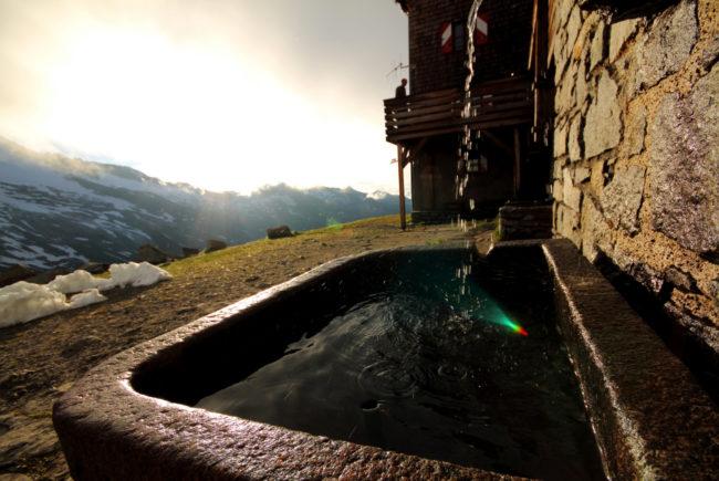 Trinkwasser aus dem Nationalpark Hohe Tauern. c SalzburgerLand Tourismus