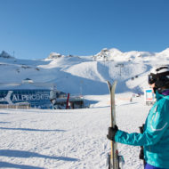 Nur 100 Höhenmeter oberhalb des Alpincenters liegt das Ice Camp.