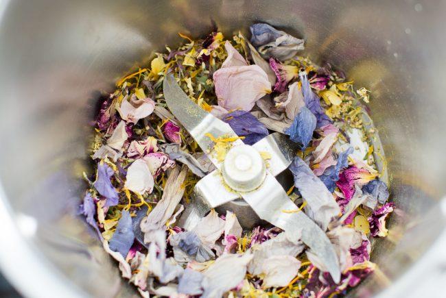 Blüten im Mixer