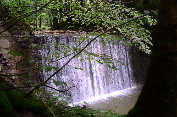 Wasserfall hören