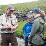 Werner Schuh erzählt über die Geologie der Region.