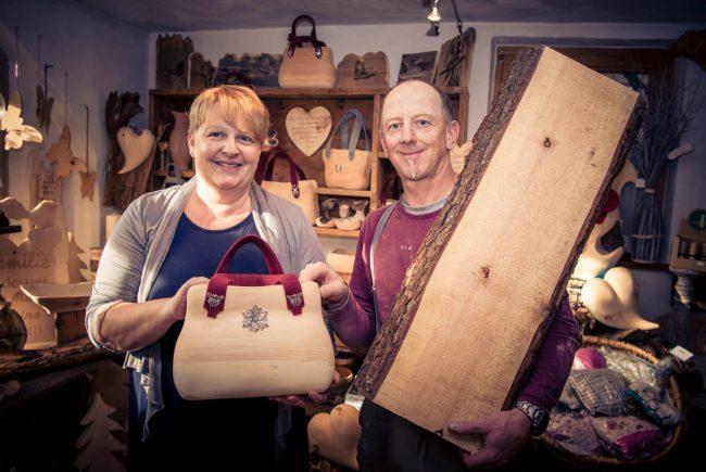 Die Zirben-Holztasche - zum Tragen oder zur Deko