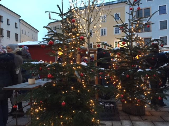 Adventmarkt auf dem Bayrhamerplatz