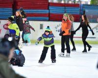 Eislaufen in Salzburg, Eisarena Eislaufen, Publikumslauf Eisarena Salzburg
