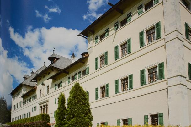Verstecktes Schloss Blühnbach