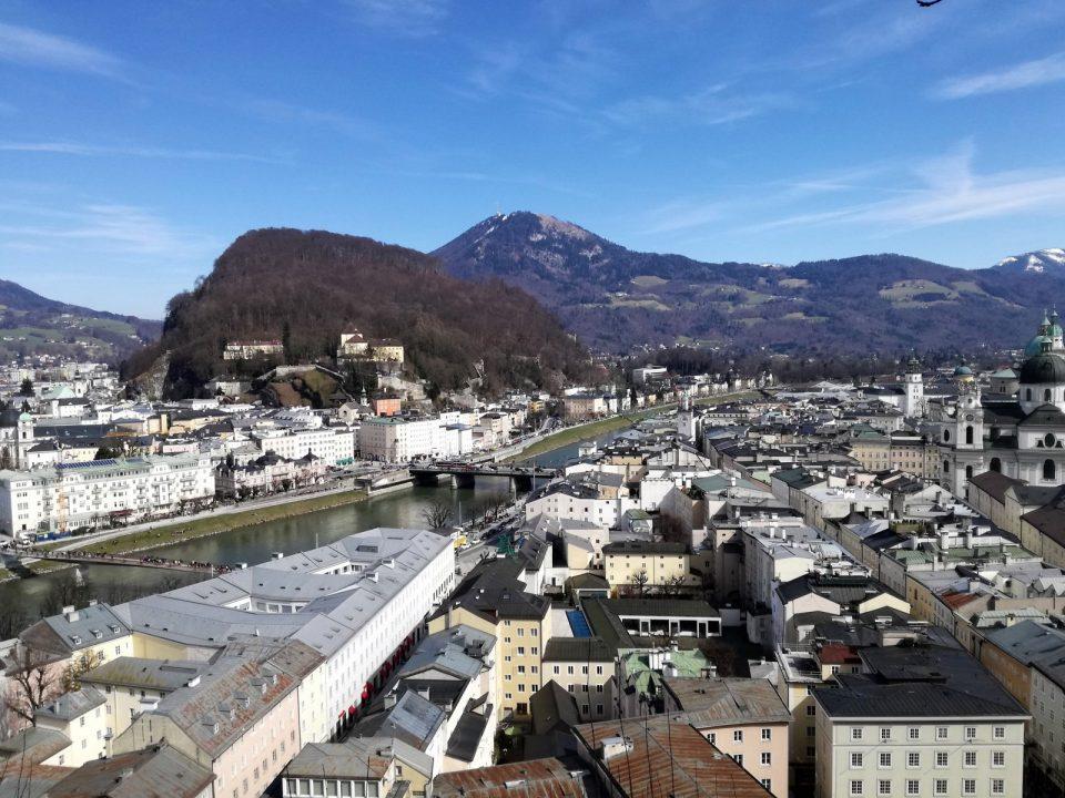 Mönchsberg_Blick auf Altstadt_Kapuzinerberg_Gaisberg