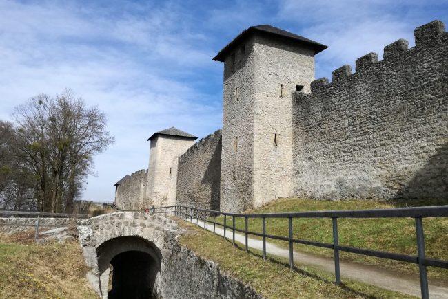 Mönchsberg Salzburg Wehrmauer