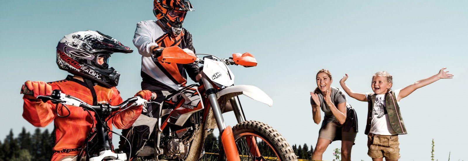 E-Motocross Park Zell am See Schmitten mit KTM E-Motocross Bikes