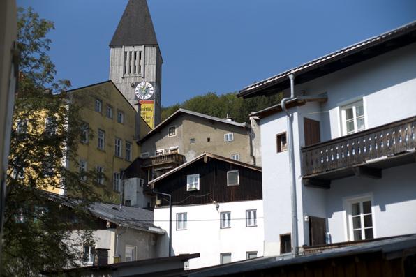 Kirche und Altstadthäuser