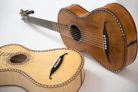 Die Mohr Gitarre und ein originalgetreuer Nachbau