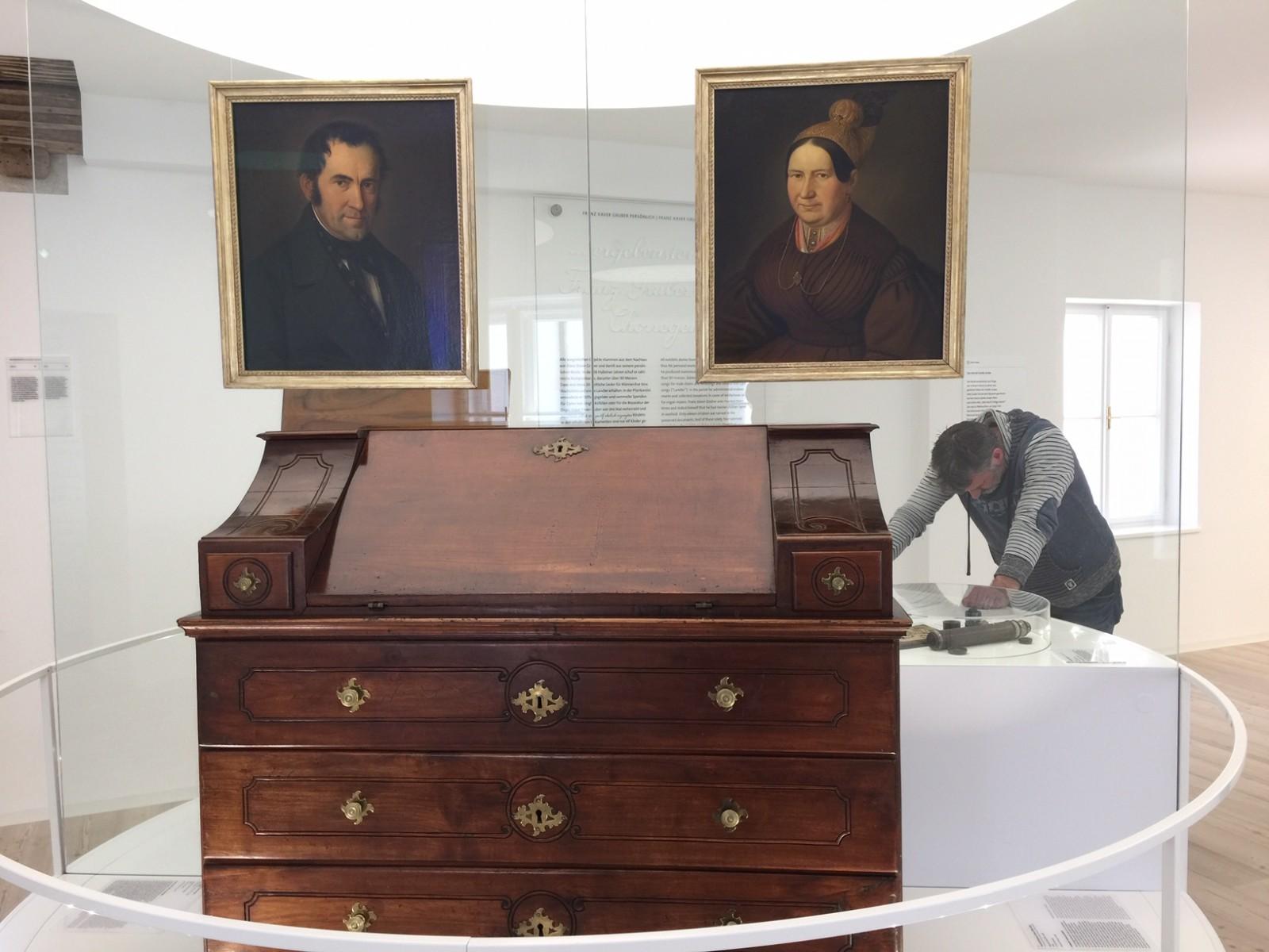 Schreibtisch von Gruber