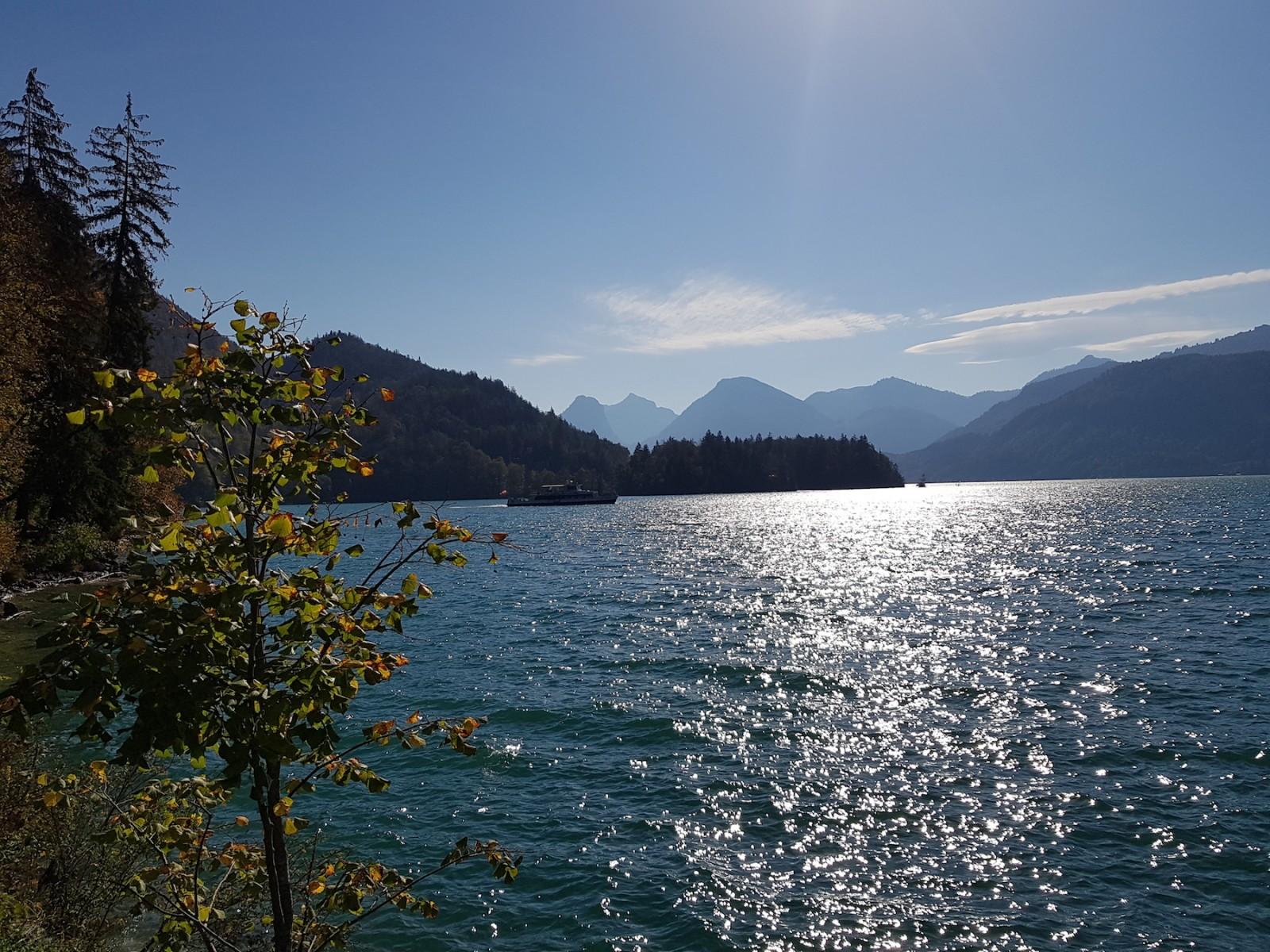 ... entlang des Sees geht es Richtung Gasthof Fürberg...