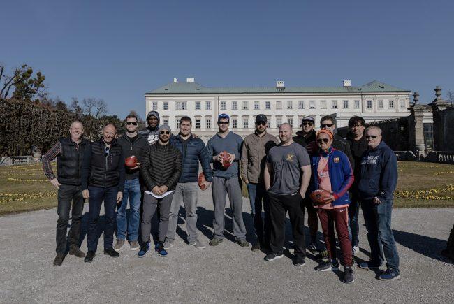 NFL-Allstars, Mirabellgarten Salzburg, Sound of Music Tour (c) SalzburgerLand Tourimus:LUX FUX Media