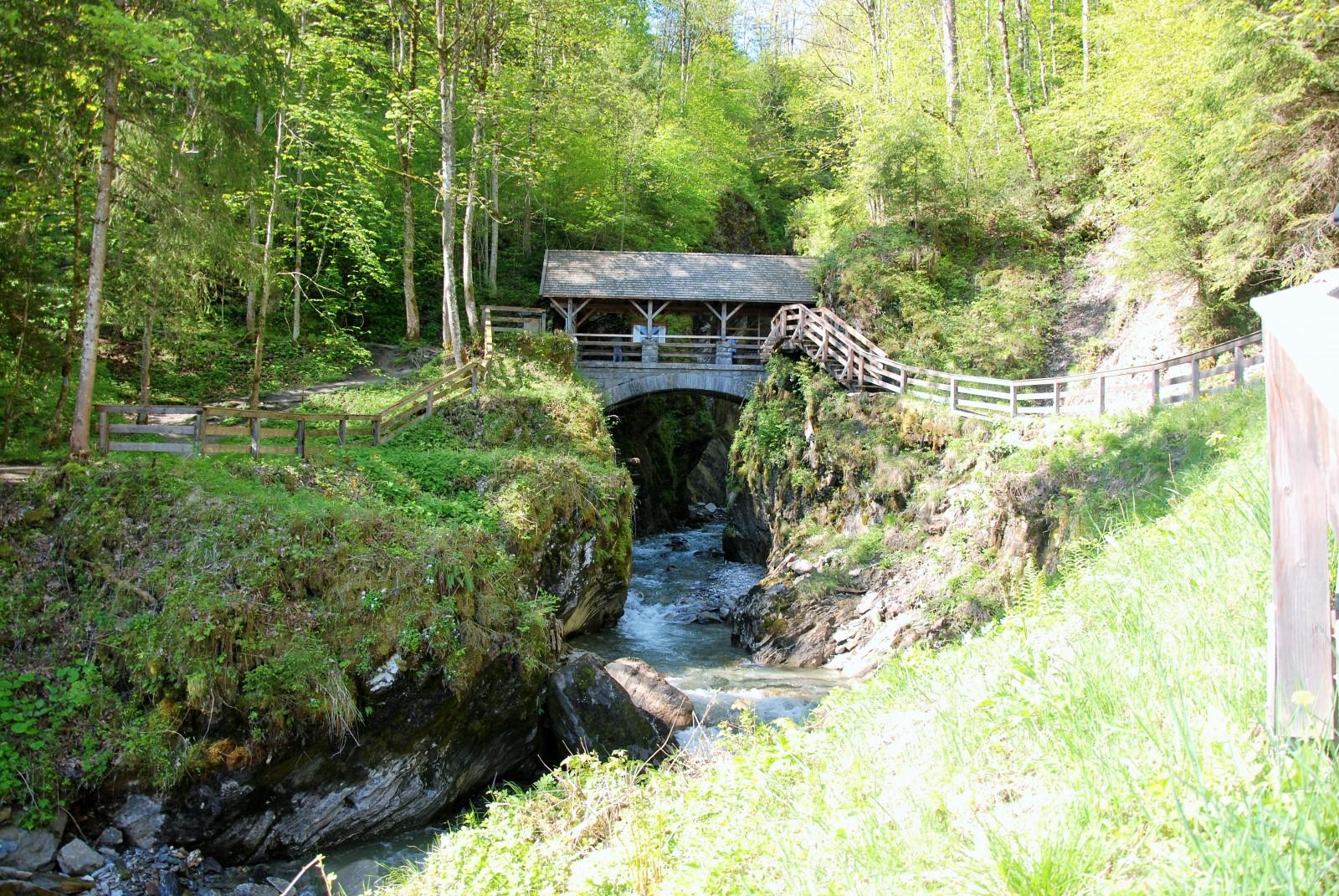 Am Eingang zur Sigmund-Thun-Klamm