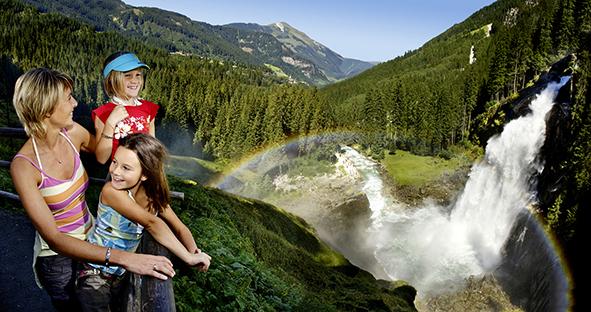 Vom Zentralraum bis zu den Krimmler Wasserfällen: Mit Bus und Bahn kostenlos durch den Pinzgau