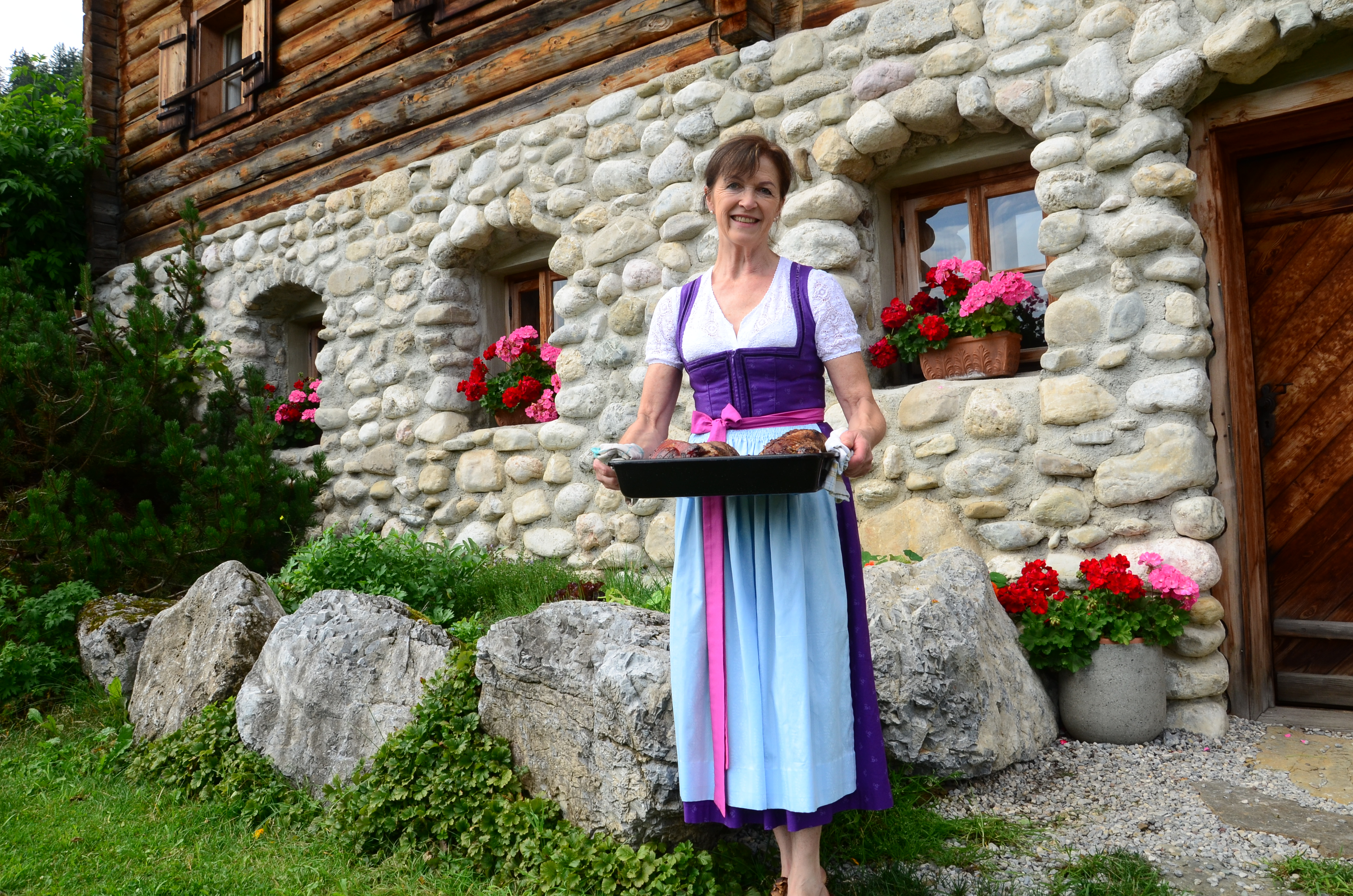 Maria Quehenberger auf der Rocheralm