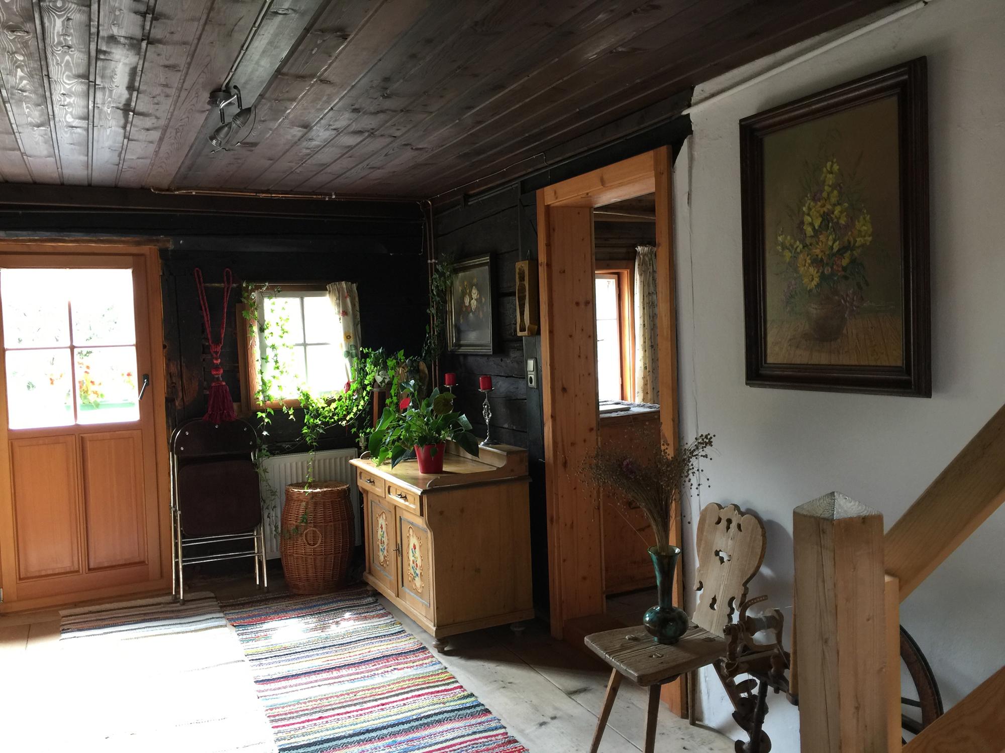 Eines der Zimmer im ersten Stock des Hauses