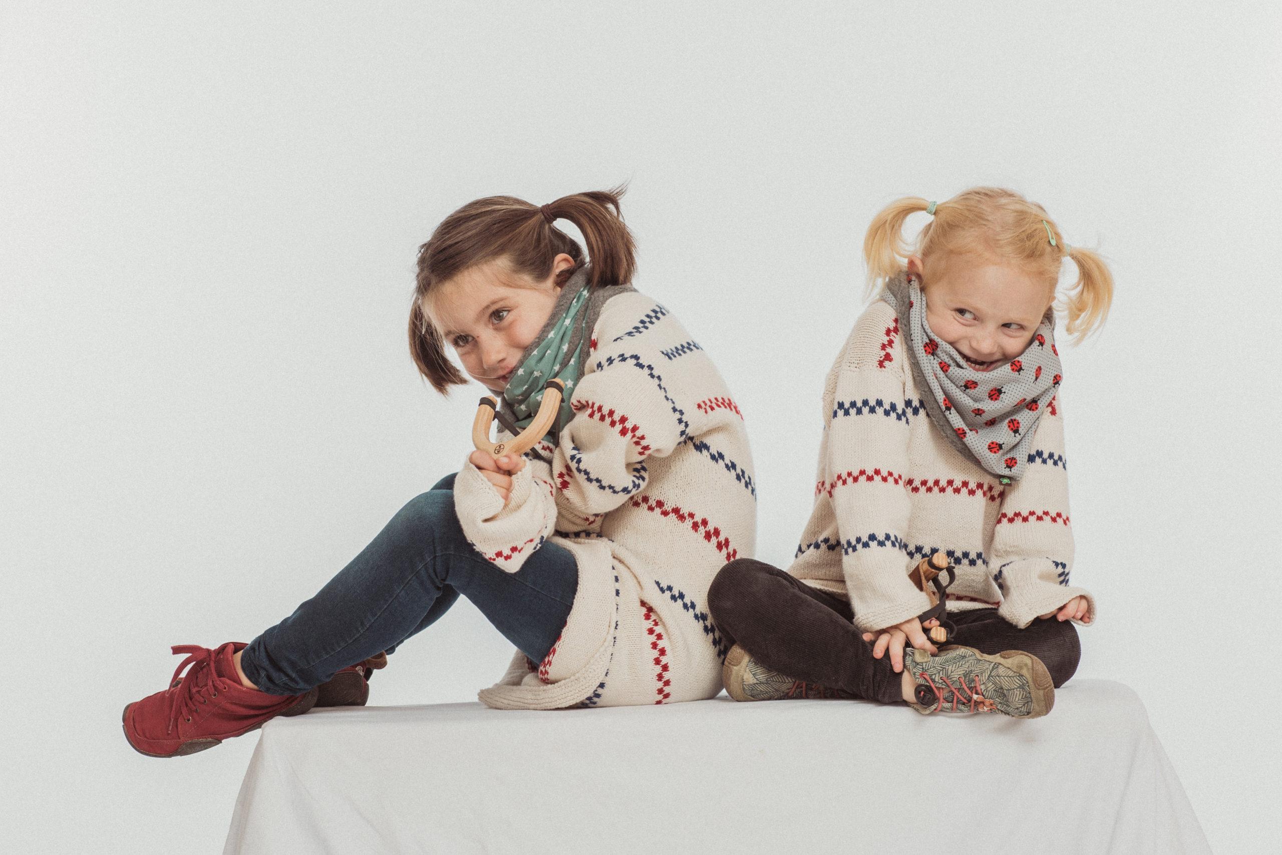 © Romanswerk - mit dem flauschigen Woami und einer Filzi-Tell-Schleuder haben die Mädels so richtig Spaß!