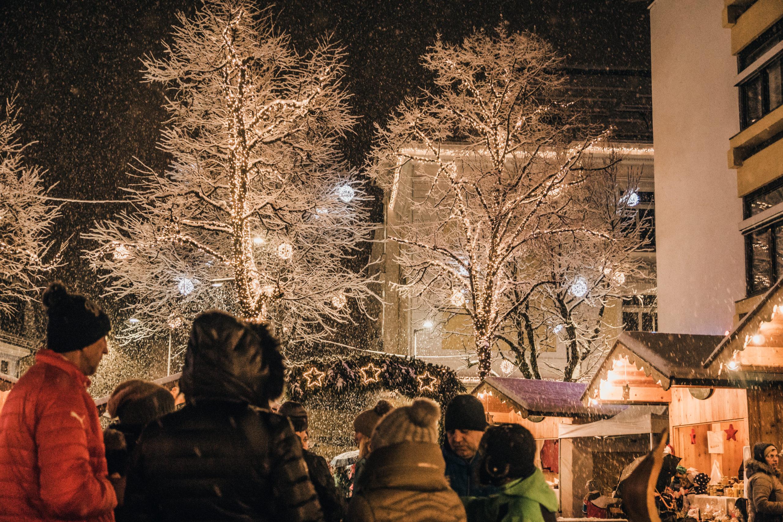 Weihnachtlicher Lichterglanz in Saalfelden
