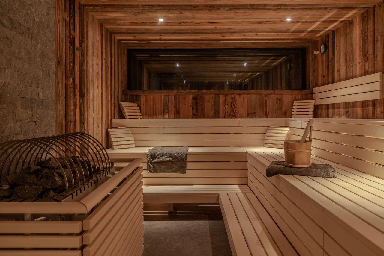 Hochwertigste Materialien in der Saunawelt