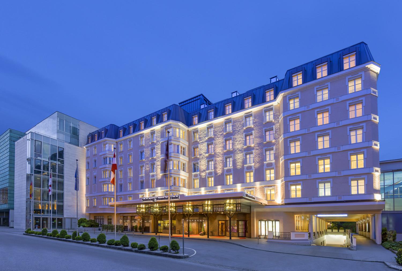Beeindruckend: Die Fassade des Grand Hotels unweit des Mirabellgartens.