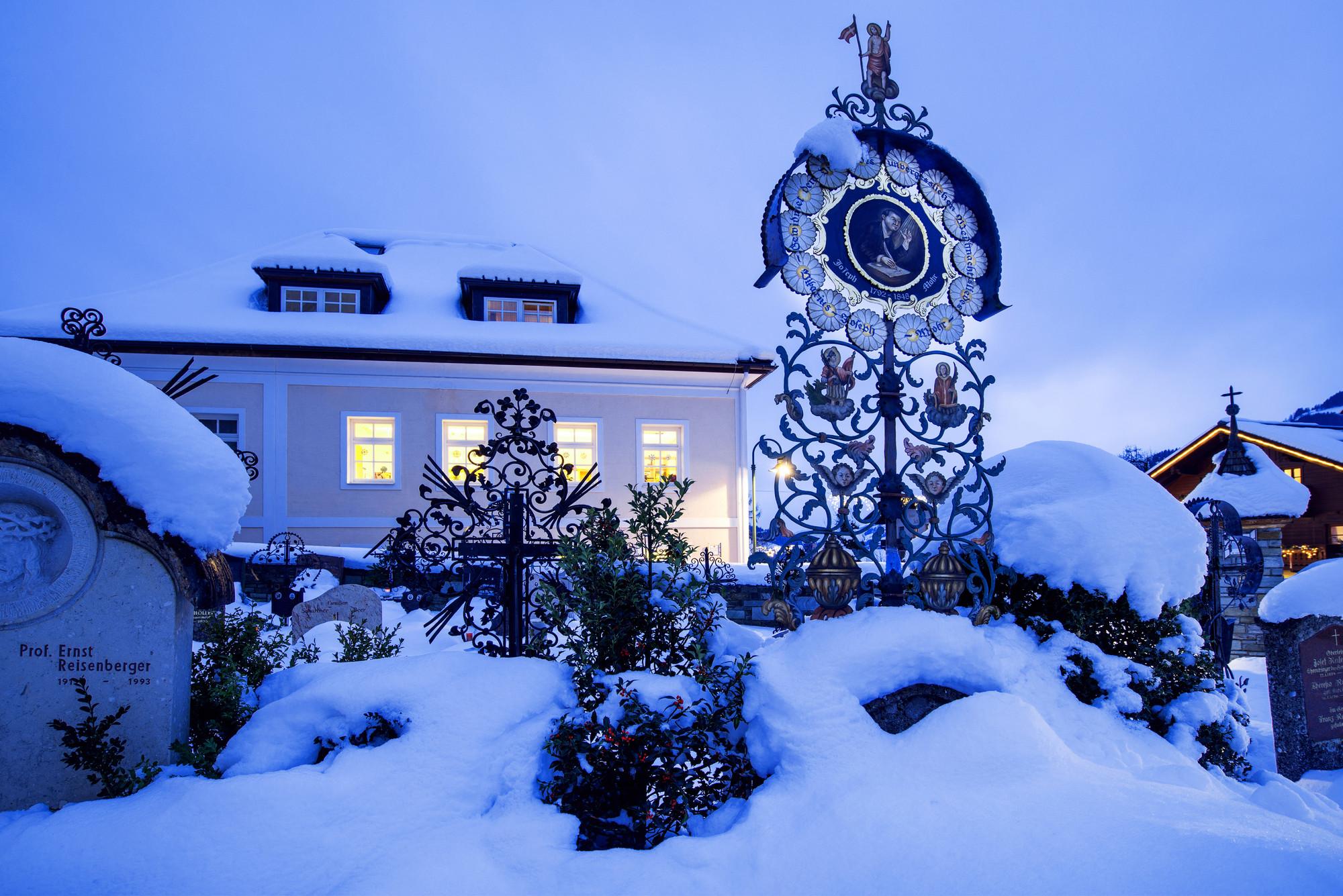 Verschneite Weihnachtsbilder.Silent Night Angebote Und Touren